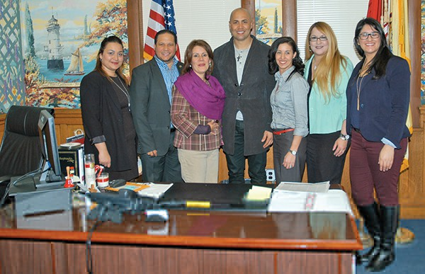 New York Yankees Outfielder Carlos Beltran visited Perth Amboy on Thursday, February 18. Above Beltran poses for a photo in Mayor Diaz' Office (L to R) Margarita Feliciano, Mayor's Aide Irving Lozada, Mayor Wilda Diaz, Carlos Beltran, Law Director Arlene Quinones Perez, Lissette Martinez, Noelia Colon *Photo by Katherine Massopust