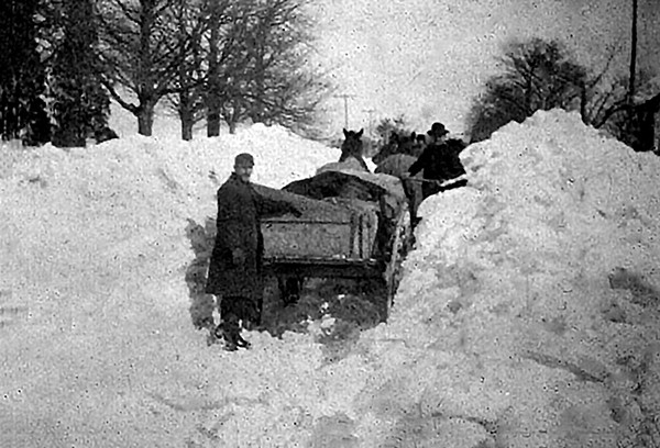PERTH AMBOY - Blizzard of 1888.   *Photo Courtesy of  the Kearny Cottage Historical Association This Photo was restored under a grant for the Kearny Cottage Archiving project by the Middlesex Cultural and Heritage Commission