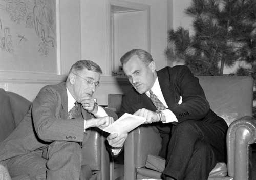 """Vannevar Bush, left, and Arthur H. Compton, Director of the """"Chicago Metallurgical Project,"""" 1942-1945, at Del Monte Lodge, 1940."""