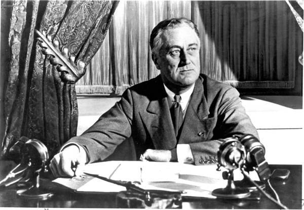 an analysis of the role of franklin delano roosevelt in the great depression and world war ii Herbert hoover and franklin d roosevelt were the presidents during through the great depression and world war ii a leading role in helping to shape.