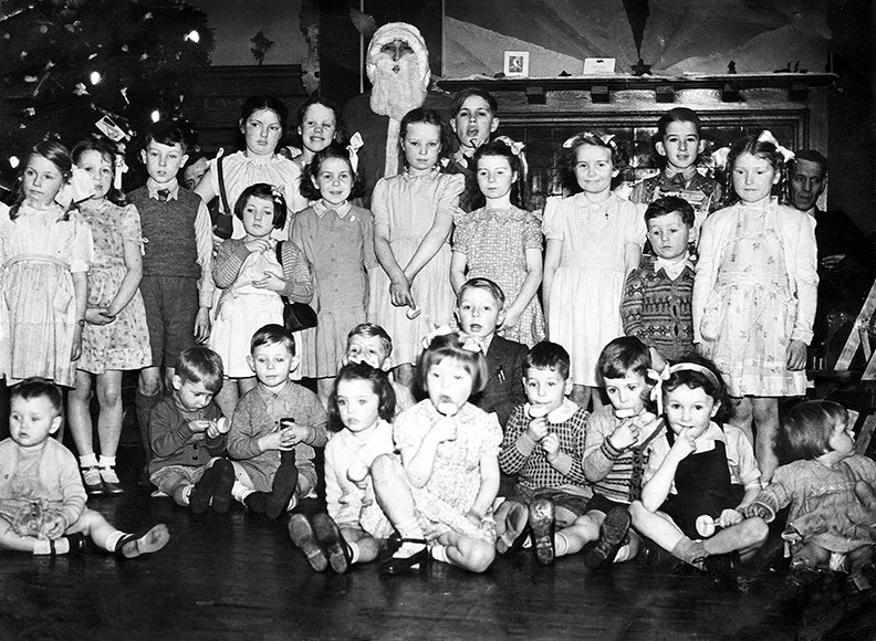 christmas-1949copy-bw